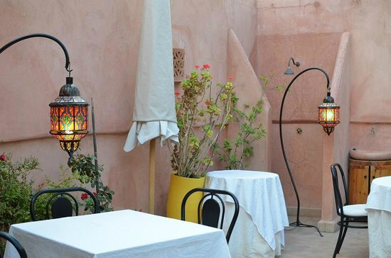 Riad Al Badia: Breakfast terrace