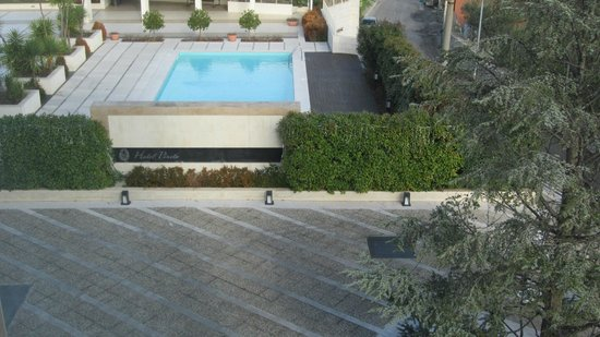 Hotel Pineta : Vista piscina dal secondo piano