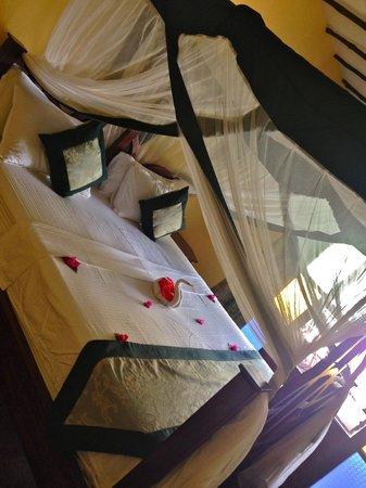 Zanzibar House: The center ocean-view room