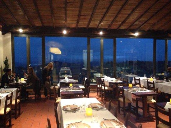 La sala con vista colline senesi - Foto di Bel Soggiorno ...