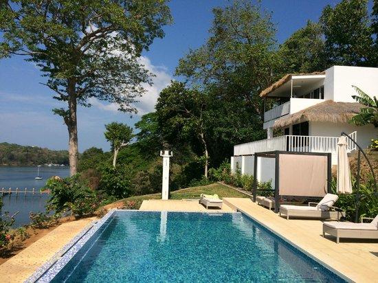 Hotel Bocas del Mar: Semi Private swimming pool in front of suite #17