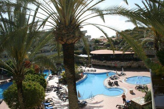 Barcelo Corralejo Bay: Pool view from room