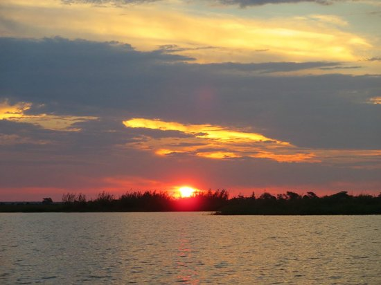 Sanctuary Chobe Chilwero: Sundown