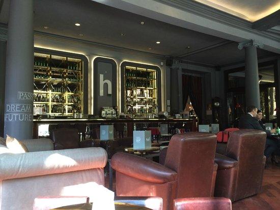 Sheraton Diana Majestic Hotel: H Bar
