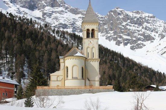 Hotel Zebru: chiesa solda