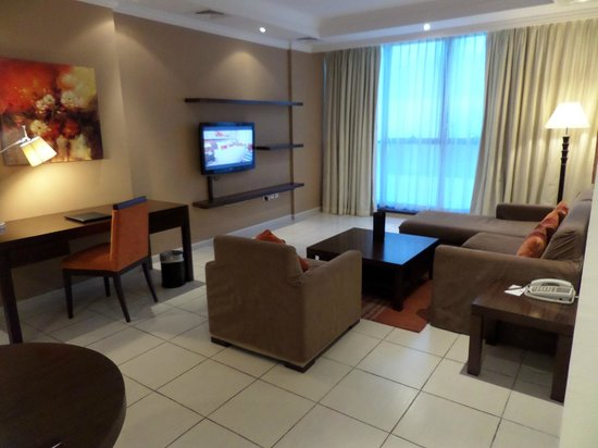 Abidos Hotel Apartment - Al Barsha: Salon