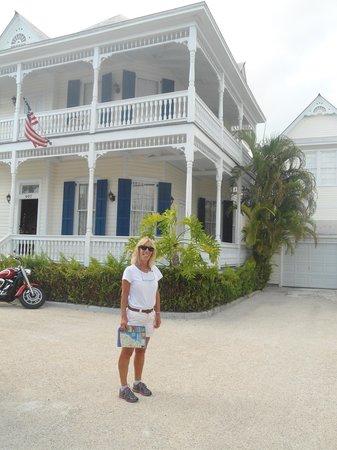 Azul Key West: vista de la casa desde la calle
