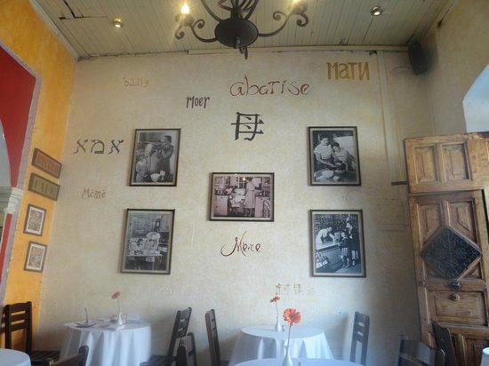 Restaurante Mammas Antigua: the wall celebrating mohter's of the world