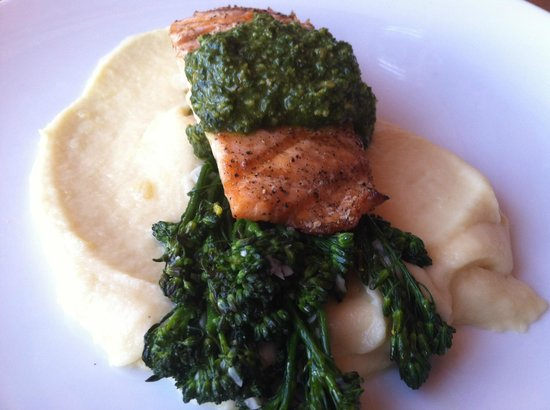 Grilled Salmon at Lyons Fork