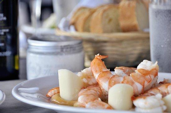 Cuatro Mares Restaurant : camarones con palmito y salsa Golf