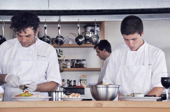 Cuatro Mares Restaurant : coco y pedro