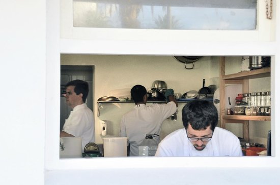 Cuatro Mares Restaurant : ventana