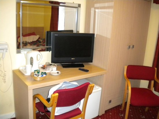The Langham Hotel: Room 7