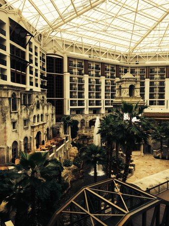 Gaylord Texan Resort & Convention Center : View from balcony