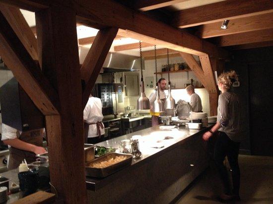Open Keuken Of Niet : Open keuken – Foto van Bavette, Maasland – TripAdvisor