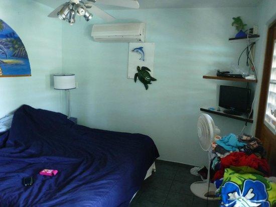 Casita Tropical: Inside our room