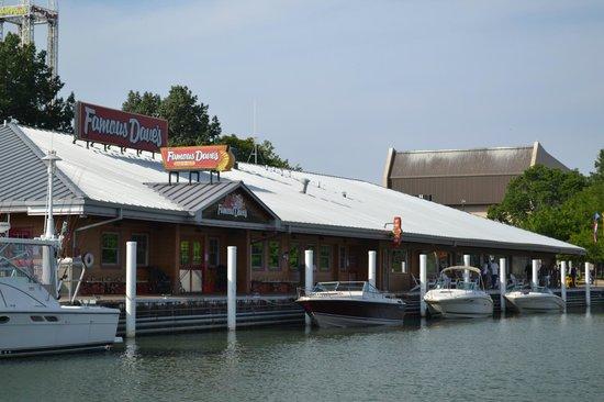 South Beach Resort Hotel Famous Dave S Restaurant At Cedar Point Marina