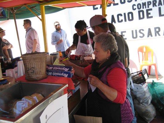 La Guerrerense: Sabina at work