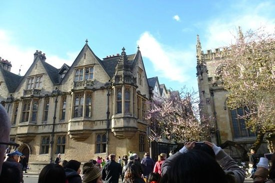 Golden Tours: Oxford.