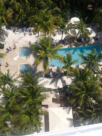 Grand Beach Hotel: piscinas
