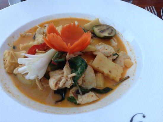 Regent Thai: Red Chicken Curry