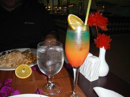 Hotel Playa Coco : hummmmm un Flashing light