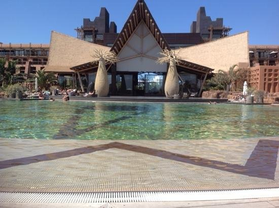 Lopesan Baobab Resort : this was the warm pool we used on our stay.