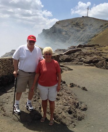 Macua Tours & Travel: VIEWING THE ACTIVE VOLCANO
