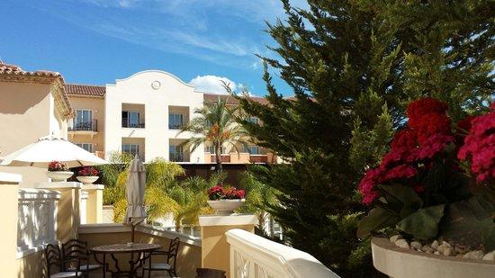 Denia Marriott La Sella Golf Resort & Spa: Tomando un cafe en la terraza del Lobby Bar