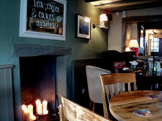 The Chequers Pub & Kitchen: Chequers, Westoning