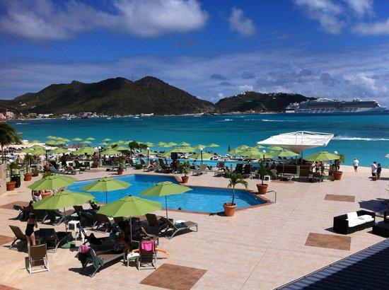 Sonesta Great Bay Beach Resort, Casino & Spa : Pool
