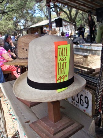 Luckenbach Texas General Store: Hat Store