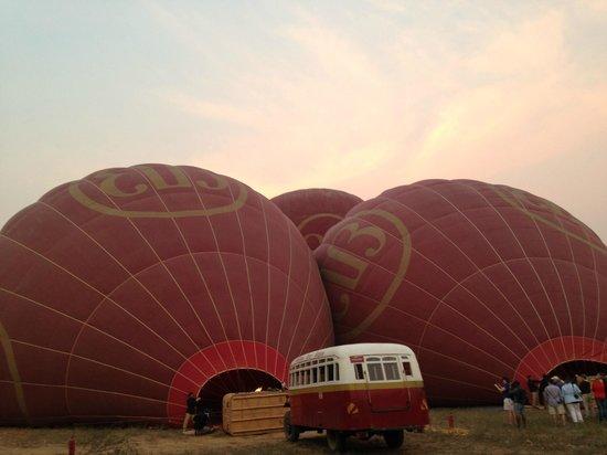 Balloons over Bagan: Baloons!!!