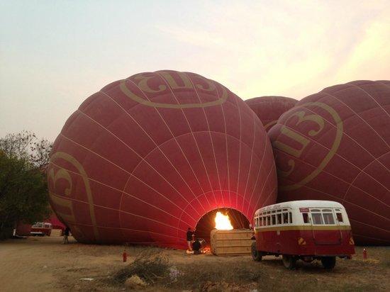 Balloons over Bagan: Preparing baloons