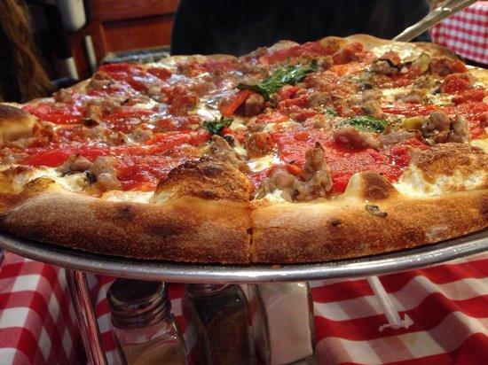 Grimaldi's : The small pizza has 6 slices, 12 inches wide!