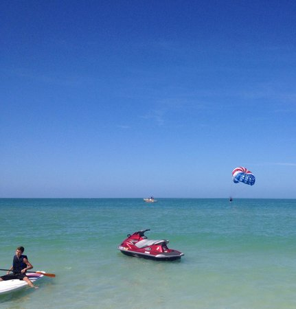 Marco Island Water Sports: Foot dip in Naples!