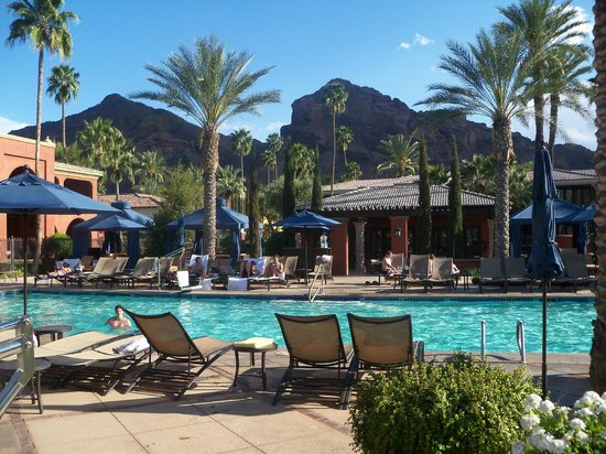 Omni Scottsdale Resort & Spa at Montelucia: Pool and Camelback Mt.