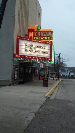 Victoria Resort Bed & Breakfast: Michigan Movie Theatre
