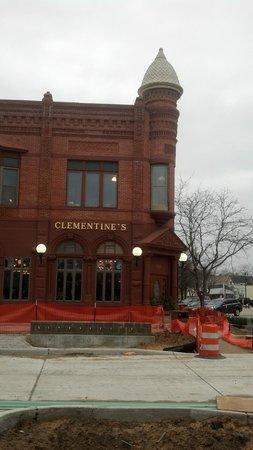 Victoria Resort Bed & Breakfast: Clementine's Restaurant