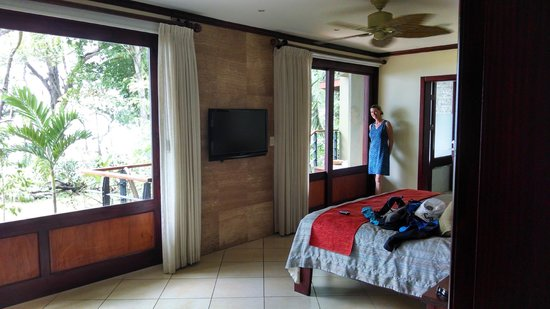 Hotel Bosque del Mar Playa Hermosa: Spectacular room/suite with ocean view and private outside jacuzzi