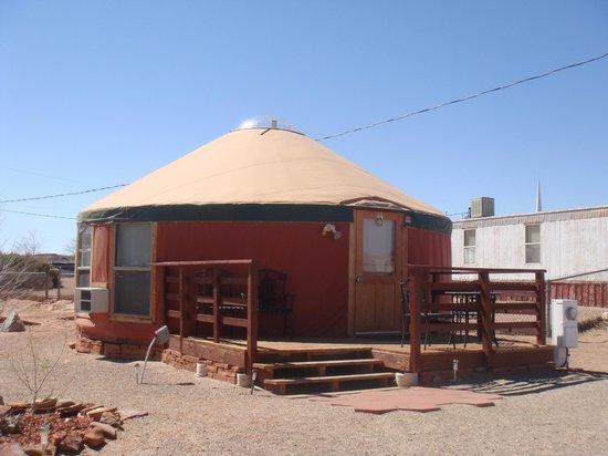 San Juan Inn: Modern hogan in town