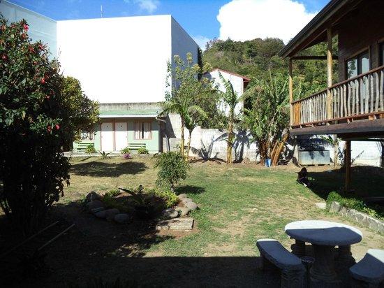 Pension Santa Elena: Courtyard