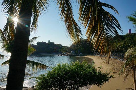 Las Brisas Huatulco : Main beach