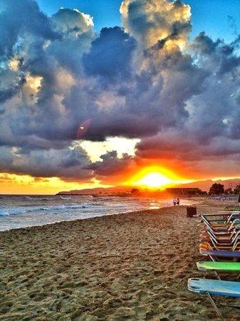 Maria Rousse Studios: Sunrise on Malia Beach