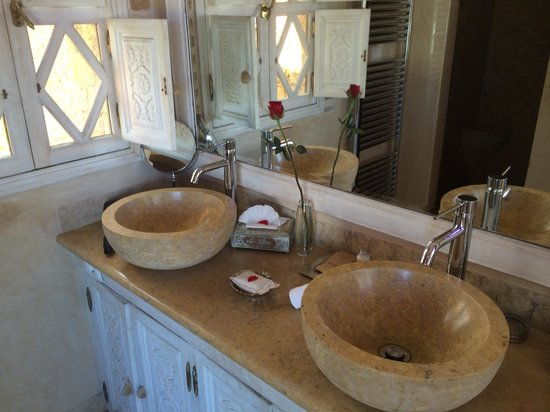 La Sultana Oualidia: Pirate suite bathroom