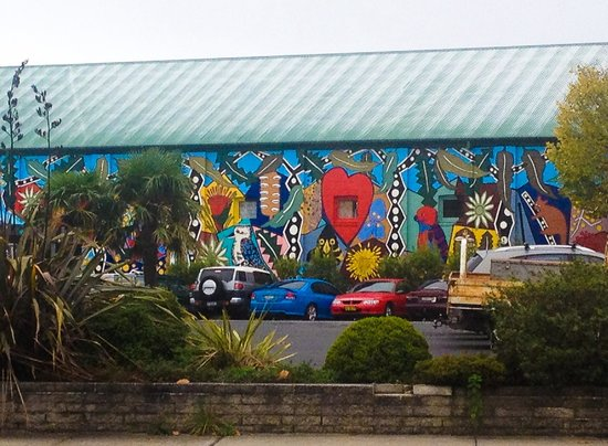 Govetts Leap: Victory Theatre mural depicting local flora and fauna...