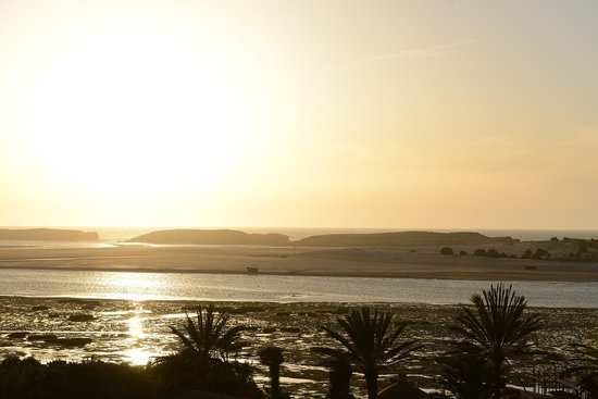 La Sultana Oualidia : Beginning of sunset as seen from hotel