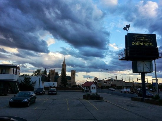 Downtown Xenion Motel: Laramie at its best