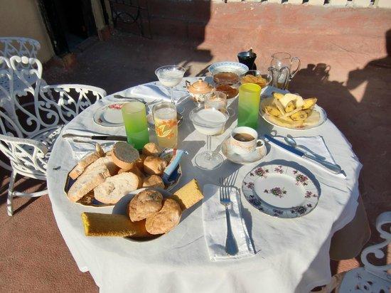 Casa Densil: Fantastic Breakfast
