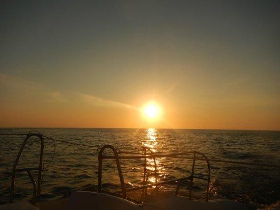 Capella Ixtapa: sunset from cruise